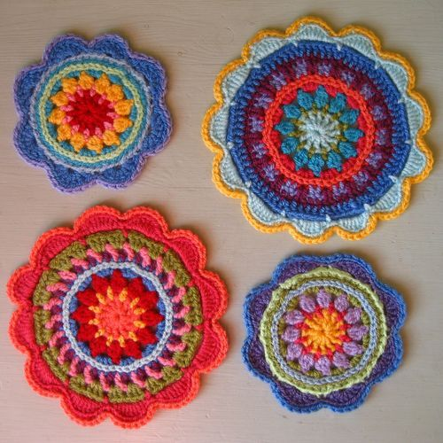 Mandalas, made by Lucy of Attic24.  Free pattern she used from Made in K Town here ~ http://made-in-k-town.blogspot.de/2012/05/little-spring-mandala.html   . . . .   ღTrish W ~ http://www.pinterest.com/trishw/  . . . .  #crochet #round #motif