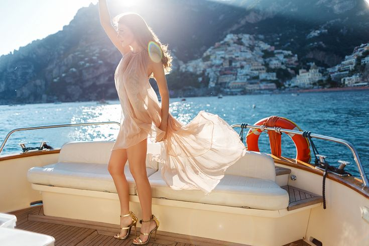 silk chiffon dress summer vacation boat trip outfit what to wear beach asymmetric backless transparency