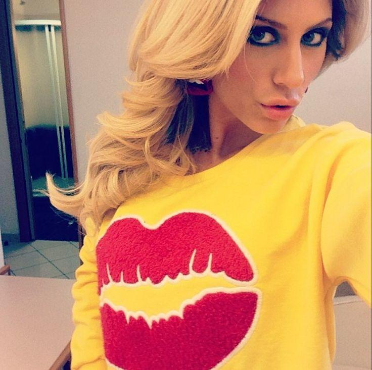 Paola Caruso indossa la felpa FOLLOWUS #love #followus #followusfashion #woman #collection #ss14 #fashion #style