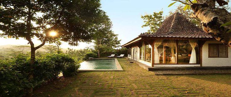 Die Insel Java bietet nicht nur bekannte Sehenswürdigkeiten wie Borobudur oder Prambanan sondern auch Top Boutique Hotels. Schaut Euch unsere Top10 an.