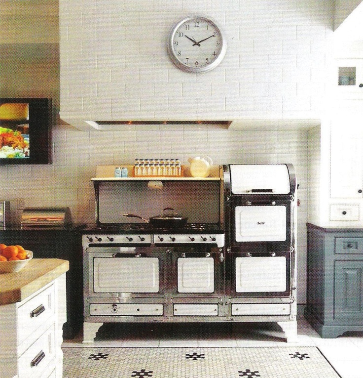 17 best images about vintage kitchens on pinterest stove for Creative style interior design jenny williams