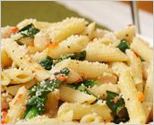 Dreamfields Pasta's Penne with Greens and Cannellini Beans. Made this last night with baby spinach...Sooo good!