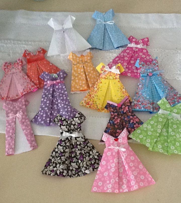 Les 110 meilleures images du tableau origami et robes papier sur pinterest cr ations en papier - Robe en origami ...