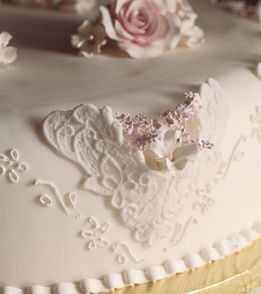 wedding cake lace frosting 17 best images about our wedding cakes on 23051