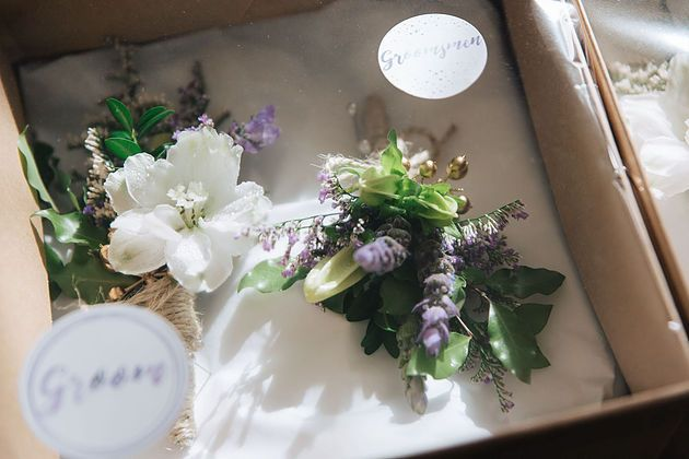 Bohemian wedding | Garden theme | Buttonholes | Purple | White | Rose Gold | Groom | Oy Photography | Lavender Flower