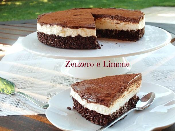 Una cheesecake favolosa dalla doppia consistenza: morbidissima la farcitura, croccante la base....assolutamente irresistibile!