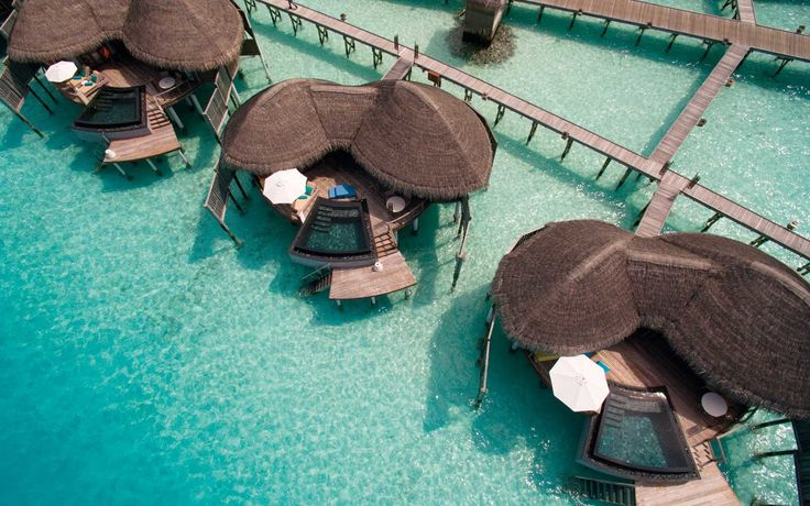 These 10 resorts in the Maldives are all-inclusive, making paradise somehow even more relaxing.