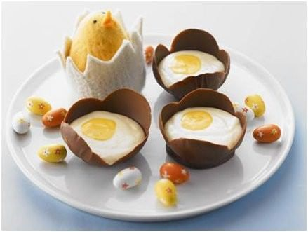 Easter is centred around chocolate or a delicious dessert, both favourites for me! These Creamy Chocolate Mousse Eggs have to one of my favourites!