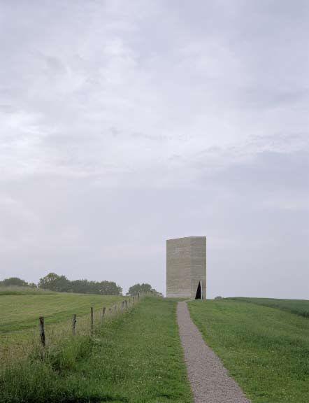 Общий вид церкви в Германии, архитектор - Петер Цумтор