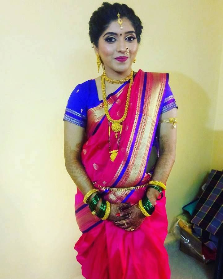 Are you looking for best makeup artist or beauty parlor near Airoli, Navi Mumbai? Manali Beauty spa offers best makeup at an affordable price. For more information call us at 9819579390