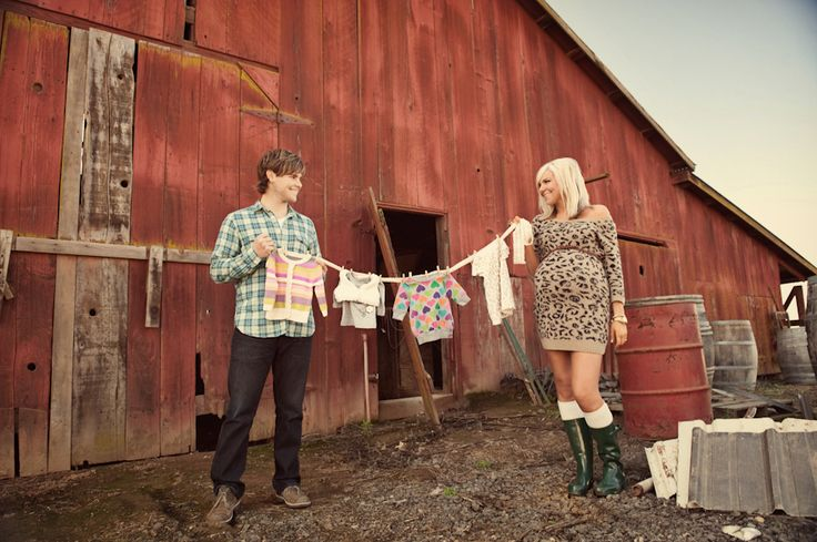 Probably the cutest couple/maternity photos I've ever seen!