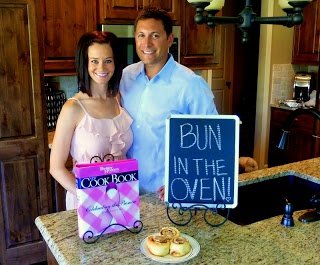 Amy's Daily Dose: Best Pregnancy Announcement Photo Ideas