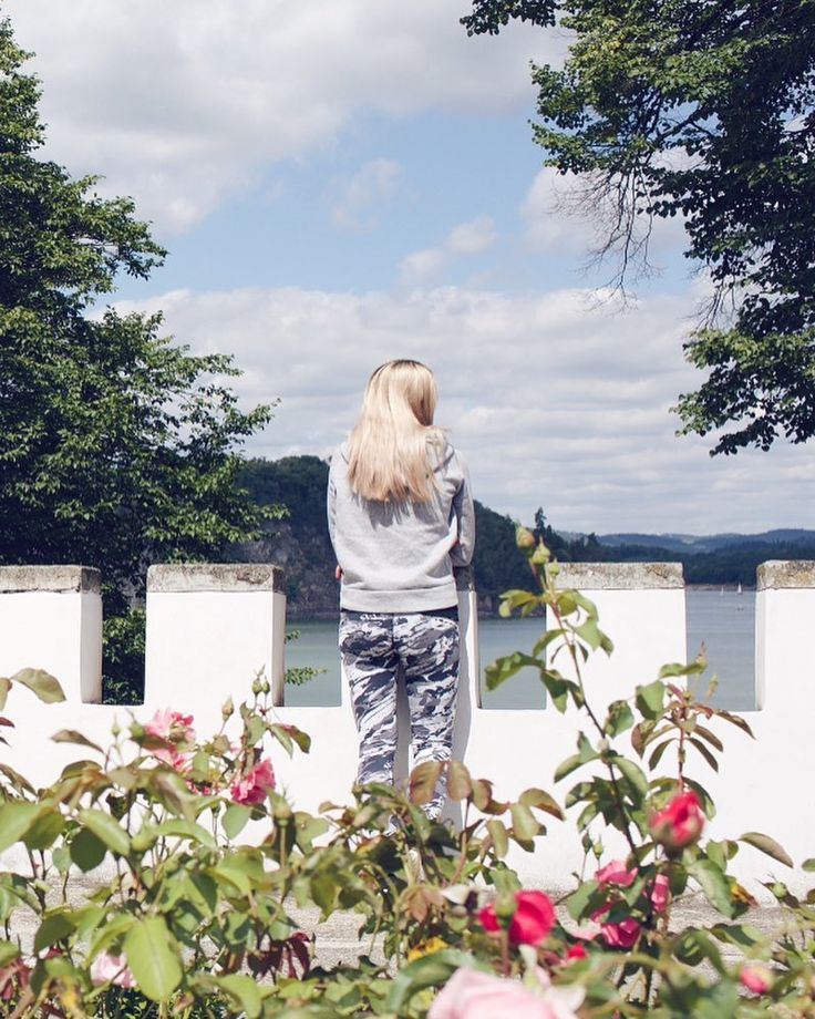 Orlik  #orlik #castle #czech #czechrepublic #czechia #girl #czechgirl #blondie #walk #trip #beautiful #love #history #historicalplace #l4l #likeforlike #like4like #pictureoftheday