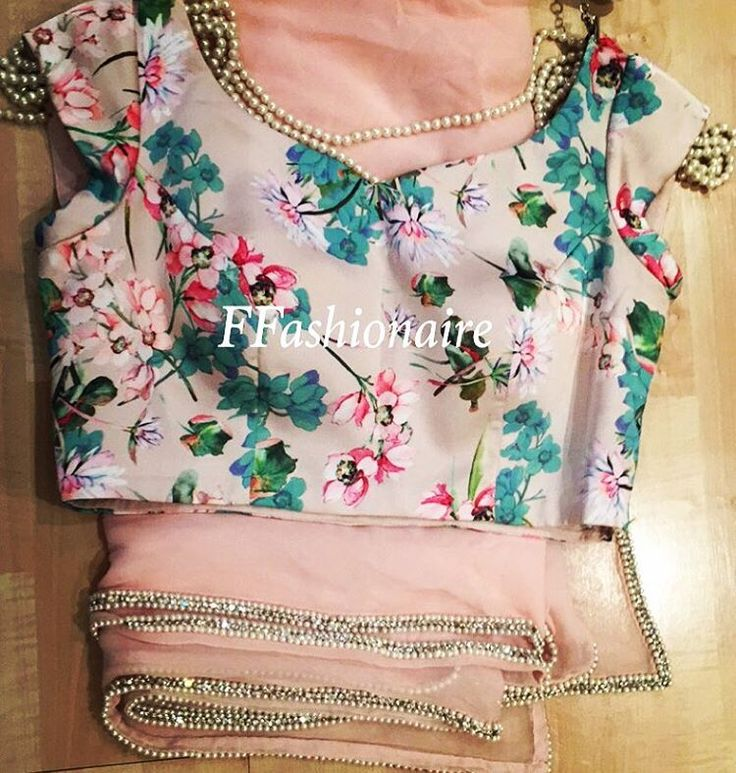 """Vintage blouse with pearl and diamond Saree #vintage #pink #ffashionaire #pearl #diamonds #stones #floral #pastel #flowers #leaves #green #colours #new…"""