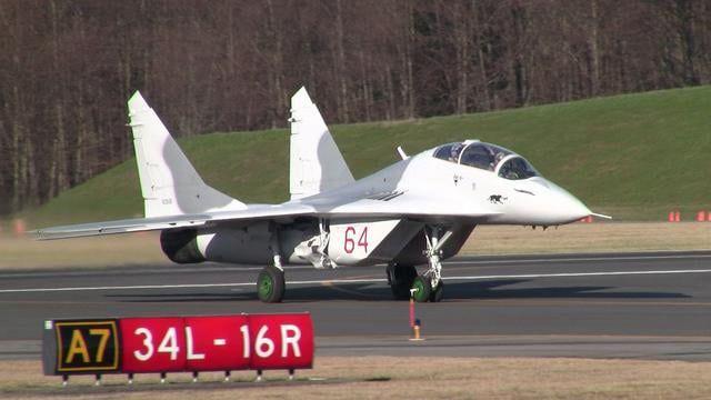 MiG-29 N29UB at Paine Field February 9, 2011.