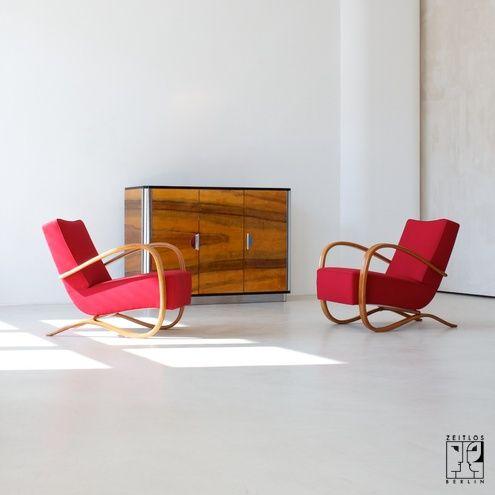 Streamline lounge chair by Jindrich Halabala