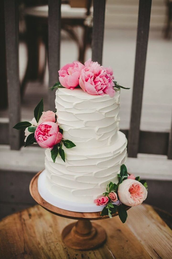 Wedding cake idea; photo: Melissa Biador
