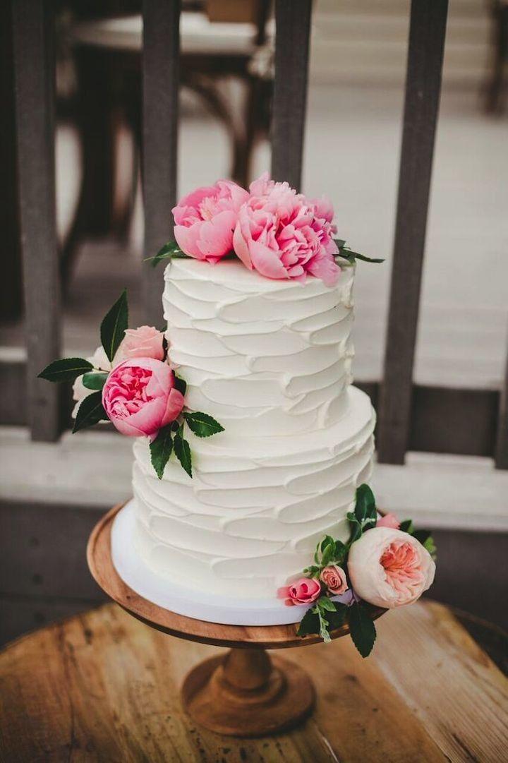 Wedding cake idea; photo: Melissa Biador