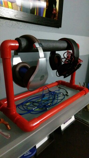 DIY pvc headphone stand                                                                                                                                                                                 More
