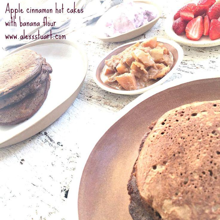 WEEKEND PICK: Gluten free apple cinnamon hotcakes. Enjoy! <3