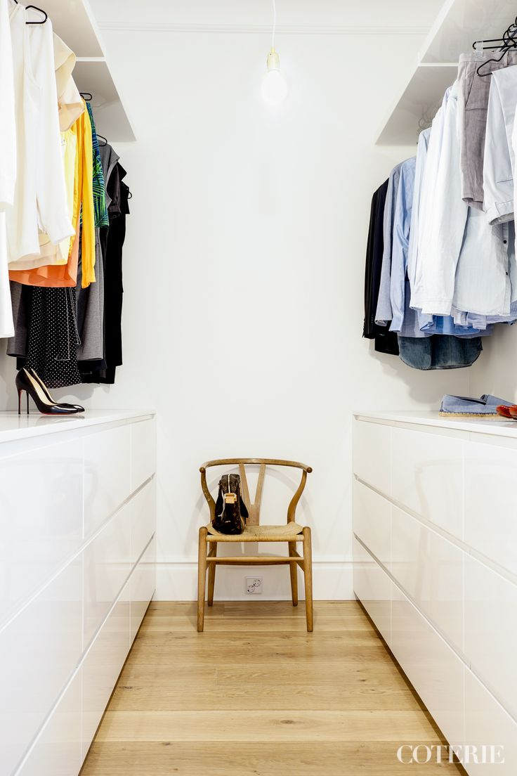 Two friends, one blog driven by a passion for fashion and interior. Join our coterie at www.coterie.fi   #Coterieofficial #Coterie #blog #interior #home #deco #decoration #decor #white #modern #Scandinavian #scandinavianstyle #scandinatiandesign #walkincloset #closet #storage #clothes #fashion #chair #ychair #CarlHansen&Son #wishbone #laptopbag #LV #louisvuitton
