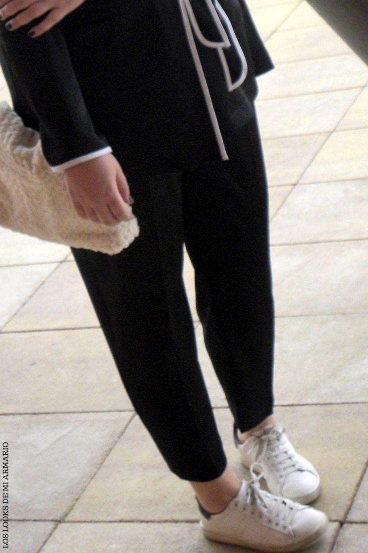 Trendy Curvy LOOK. OUTFIT PIJAMA IN THE STREET #pijama #primark #streetstyle #tendenciapijama #callaypijama #lookpijamacalle #lookotoño #lookcasual #tallagrande #casual #outfittallagrande #curvy #plussizecurve #fashionbloggermadrid #bloggercurvy #personalshopper #curvygirl #loslooksdemiarmario #bloggermadrid #outfit #plussizeblogger #fashionblogger #lookotoño #ootd #influencer #trend #trendy #bloggerXL