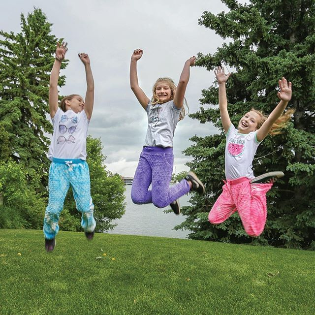 Don't miss out! Graphic Tees and Minky Pants are on SALE! Until June 25 or while supplies last! #tripleflip #salealert