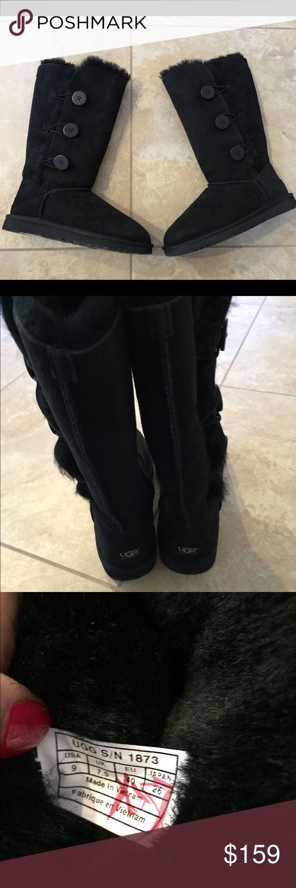 Ugg Bailey button tall boots size 9 new Ugg Bailey button tall boots size 9 new without box ...100%authentic ....Inside tag marked with red to prevent returns ........handled and tried on Instore UGG Shoes Winter & Rain Boots