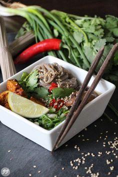 Glücksgenuss : Scharfe Miso-Suppe mit Sobanudeln und Tofu