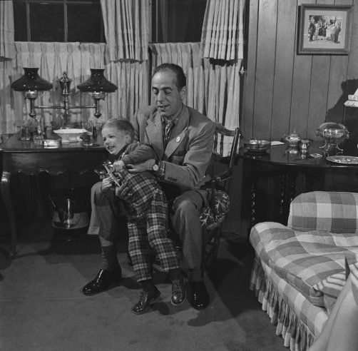 vintage everyday: Humphrey Bogart and son Stephen in 1952
