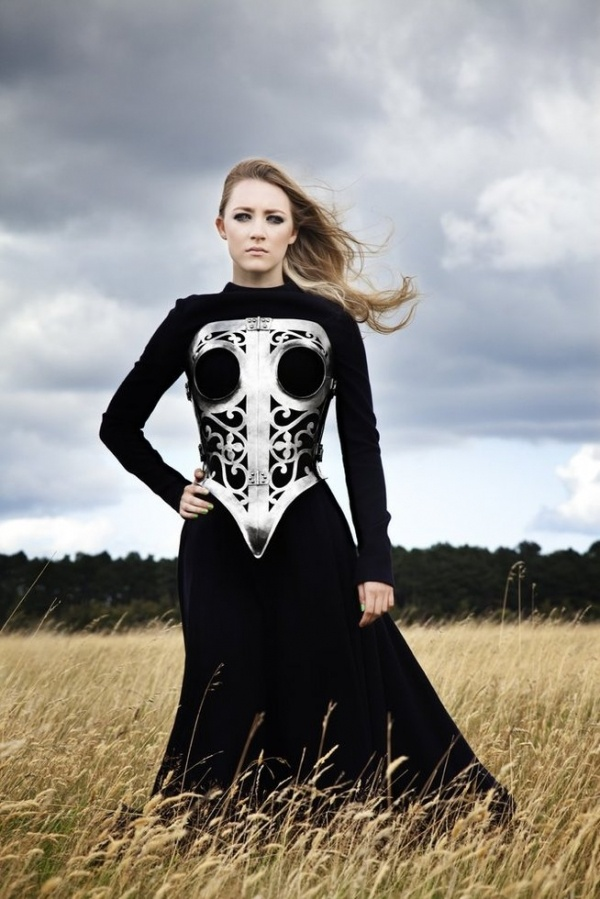 Saorise Ronan looking like Simone Simons from Epica