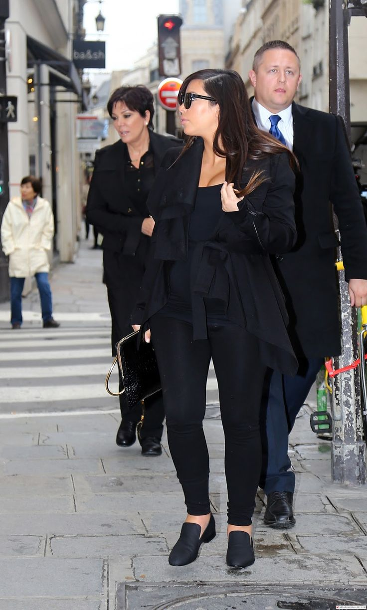 Kim Kardashian, Kim Kardashian in Paris, Kim Kardashian paris 2013, Kim Kardashian  Out and about in Paris, Kim Kardashian 2013, Kim Kardashian  , Kim Kardashian candids, Kim Kardashian candids in Paris, Kim Kardashian images, Kim Kardashian pictures, Kim Kardashian photos, Kim Kardashian pics,  Kim Kardashian style, Kim Kardashian hair