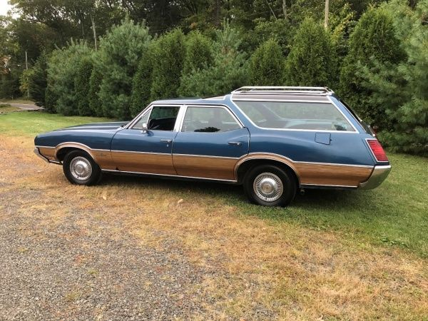 1972 Oldsmobile Vista Cruiser Chrome 1972 Oldsmobile Vista Cruiser All Original from Motor to Paint, Runs Like New
