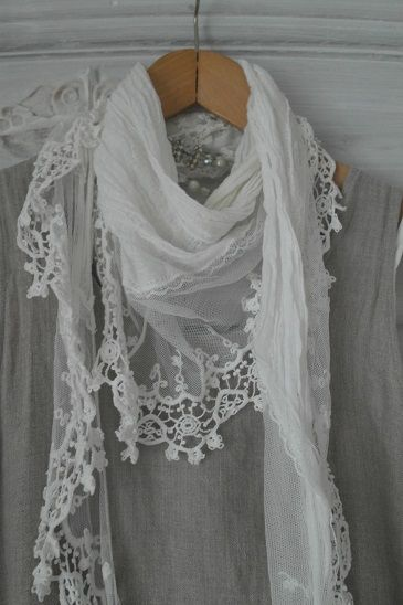 BY PIA`S: MY VINTAGE LOOK - must make some! Good thing I have been collecting those vintage textiles!