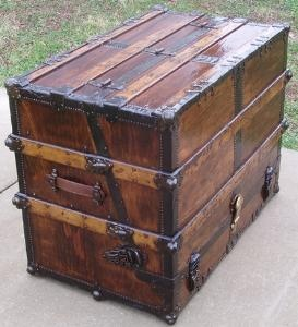 898 best Antique Trunks, Suitcases & Chest images on Pinterest ...
