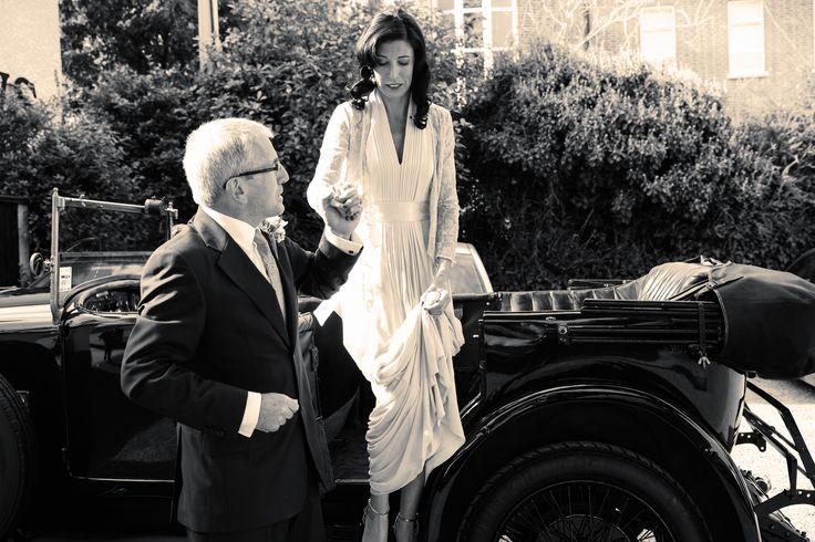 #wedding photography #vintage wedding #classic car #bride #father #vintage wedding dress www.emmamay.ie