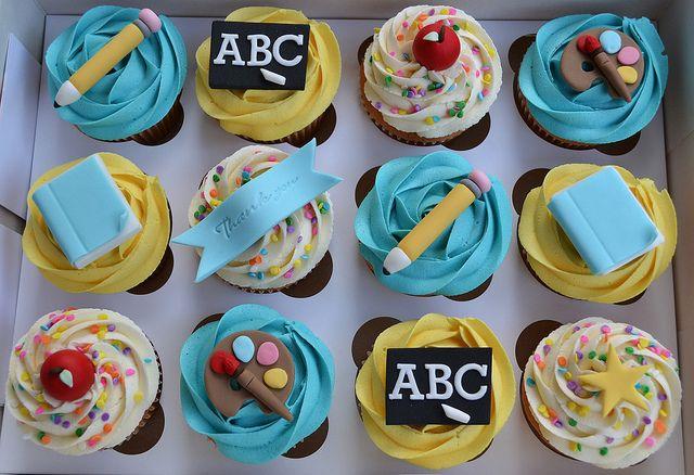 Thank You Teacher Cupcake Gift Box   Flickr - Photo Sharing!