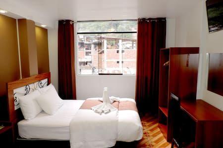 Ganhe uma noite no Habitación Matrimonial  MachuPicchu - Pousadas para Alugar em Aguas Calientes no Airbnb!