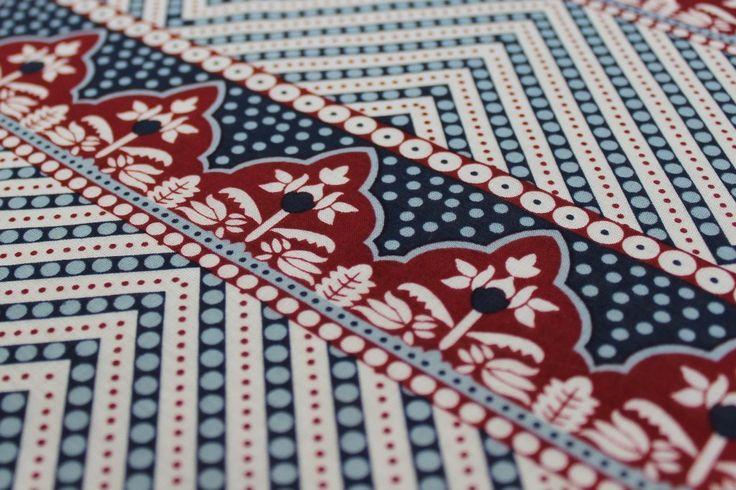Close Up | Batik Fine Cotton Print