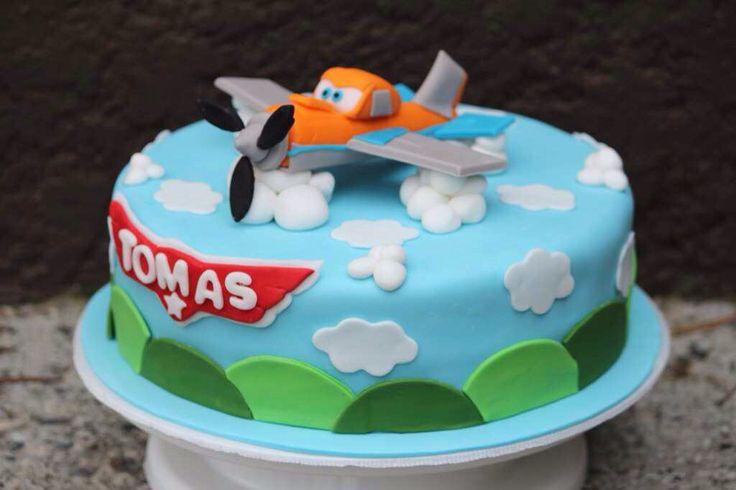 Disney Plane Cake Images : #Cake from #Planes Movie www.mocka.co #mocka #dusty # ...