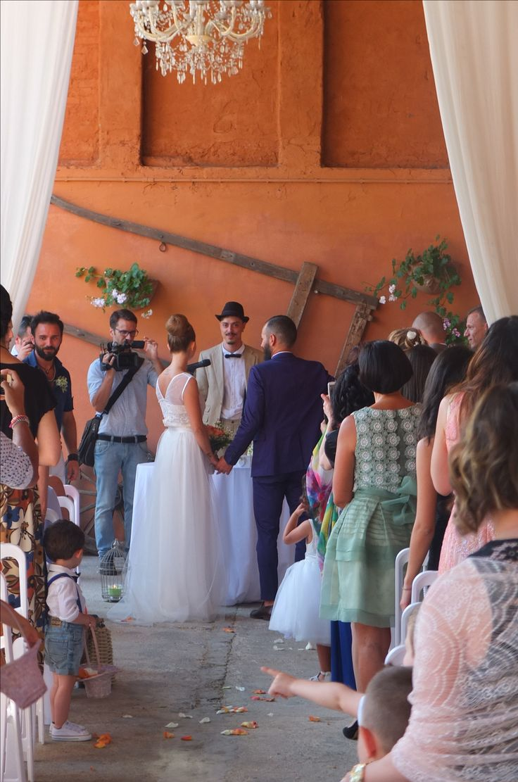 Rito civile sotto il portico della barchessa antica. Presso Corte Dei Paduli - Wedding Location - Reggio E., Italy www.deipaduli.org