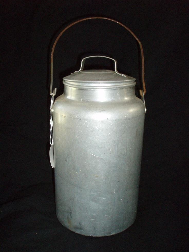 Old Fashion Gallon Dairy Milk Can