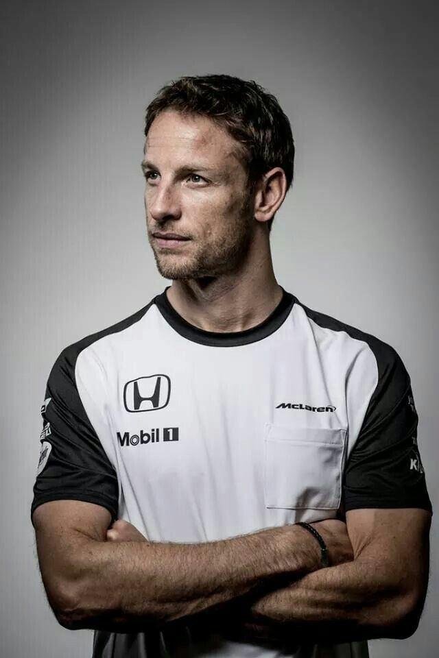 Jenson Button Team: McLaren Nationality: British Born: 19/01/80, Frome Grand prix debut: Australia, 2000 Previous teams: Williams, Benetton/Renault, BAR/Honda/Brawn Races: 284 World Championships: 1 (2009) Career wins: 15 Career pole positions: 8