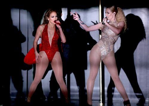 Jennifer Lopez Brings Star Power to American Music Awards, Outshines Iggy Azalea