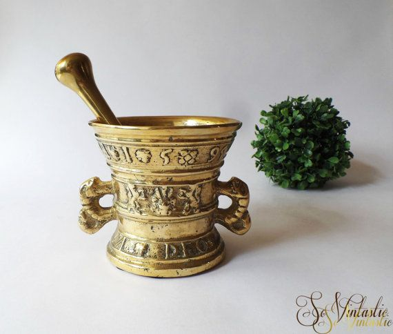 Antique large solid brass pestle and mortar with by SoVintastic