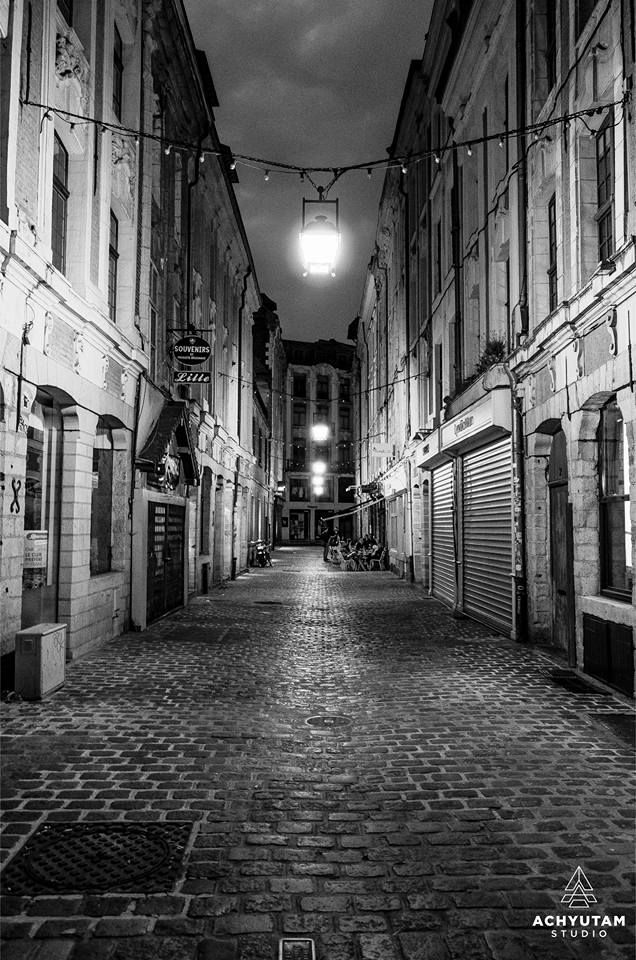 Small alley in Lille, France