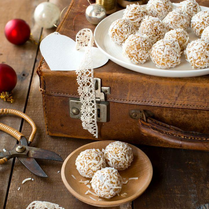 Christmas Snowballs By Nadia Lim