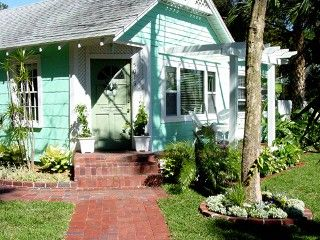 Seascape Cottage, a historical cottage located directly across from Mariner's Cove High and Dry in Gulfport, will entice you to stay longer than you had planned. It is pure relaxation with large oak trees towering ...