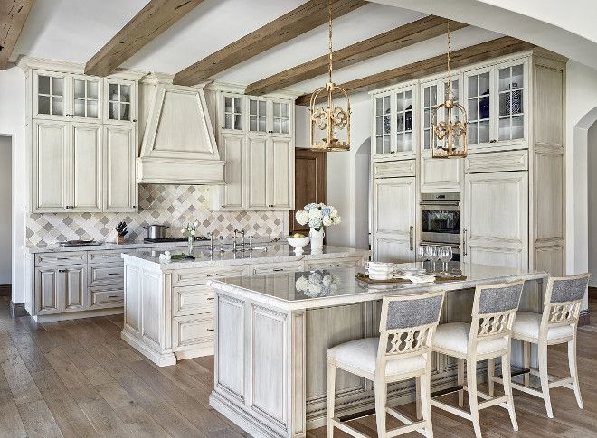 25 Best Ideas About Off White Kitchens On Pinterest Off White Kitchen Cabinets Farmhouse Kitchen Cabinets And Country Kitchen Lighting