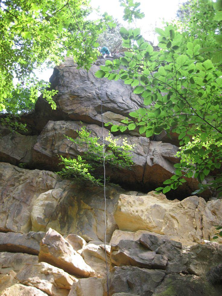 Bentheimer zandsteen, uit deze groeve kwam o.a. het voetstuk van het vrijheidsbeeld in New York www.adventureking.nl